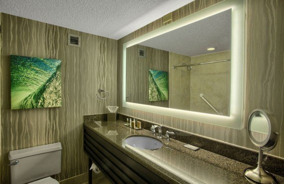 DoubleTree by Hilton Universal - Salle de bain