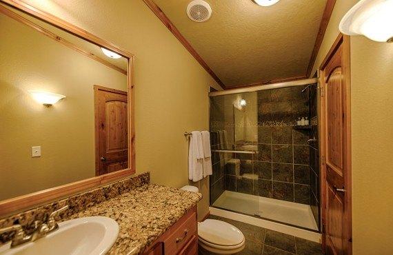 4-explorer-cabins-salle-bain