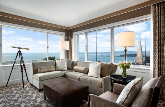 Fairmont San Francisco - Le salon d'une chambre
