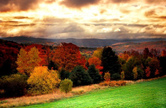 4-green-mountains-en-automne
