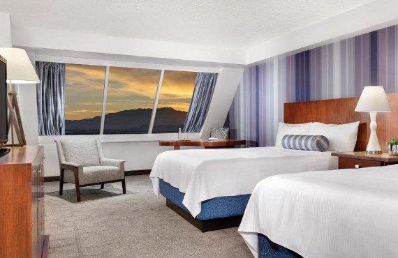 4-hotel-luxor.jpg