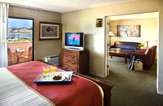 4-lake-powell-resort-suite