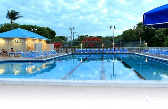 Ocean Pointe Suites - Piscine