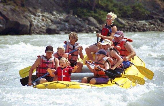 En rafting sur la rivière Athabasca