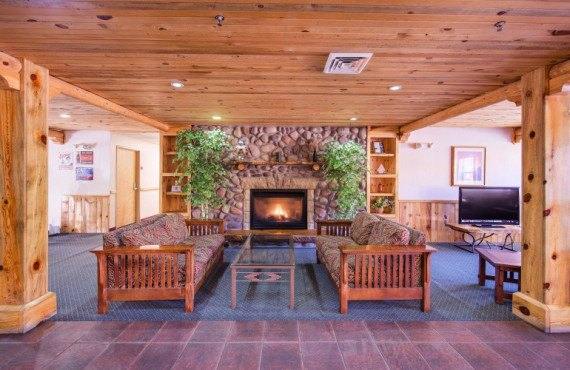 Foyer & lobby