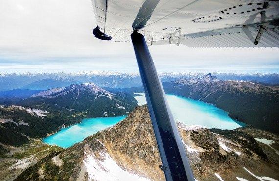 Vue panoramique du lac Garibaldi