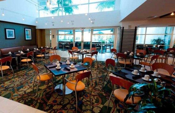 Crowne-Plaza-Westshore-Tampa-Salle-a-manger