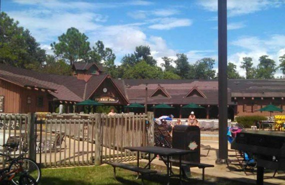 Disneys_Fort_Wilderness_Campground-Piscine