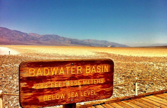 Badwater Bassin, 855 mètres sous le niveau de la mer