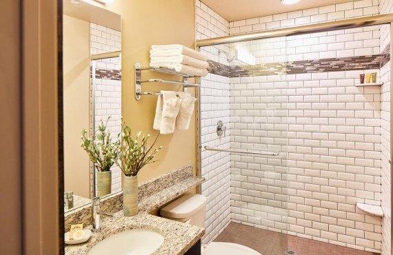 5-chalet-salle-de-bain.jpg