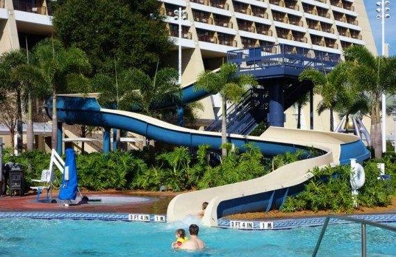 Disneys Contemporary Resort-Glissade