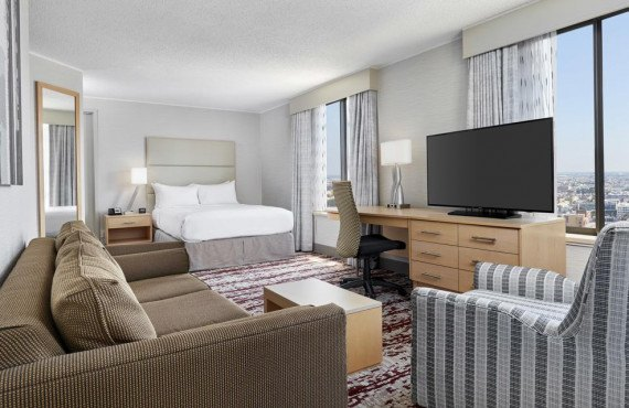 5-doubletree-center-city-chambre-queen.jpg