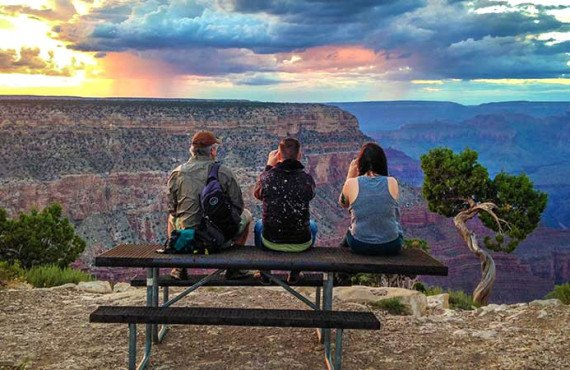 Coucher du soleil au Grand Canyon