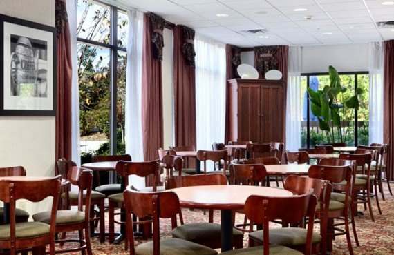 Hampton Inn Tallahassee Central - Salle à manger