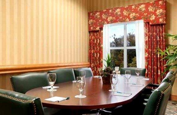 Homewood Suites Tallahassee - salle réunion