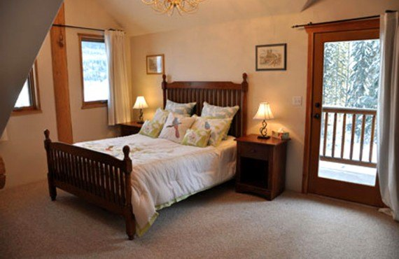 5-ranch-clearwater-springs-wolf-room