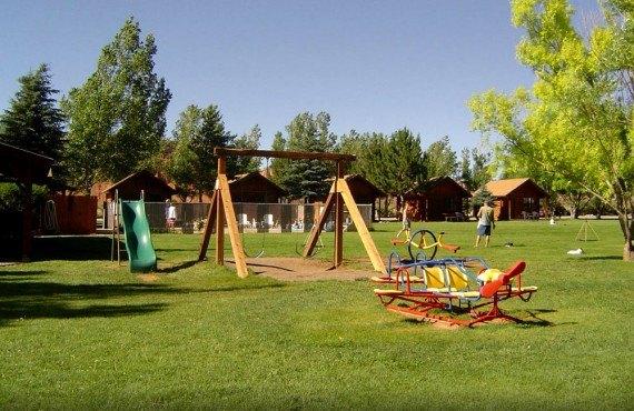 Thousand Lakes RV Park - Aire de jeux