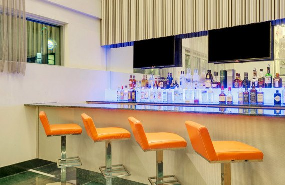 Constantine Bar