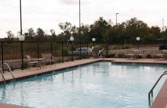 Hampton-Inn-Natchez-Piscine