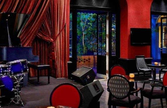 Royal-Sonesta-New-Orlean-Bar