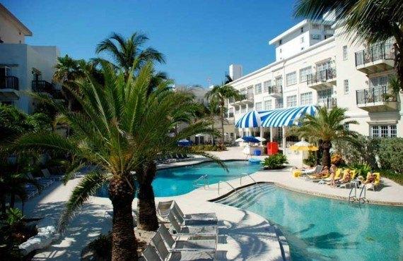 Savoy-Hotel-Hotel-Miami-Beach-Piscine-1