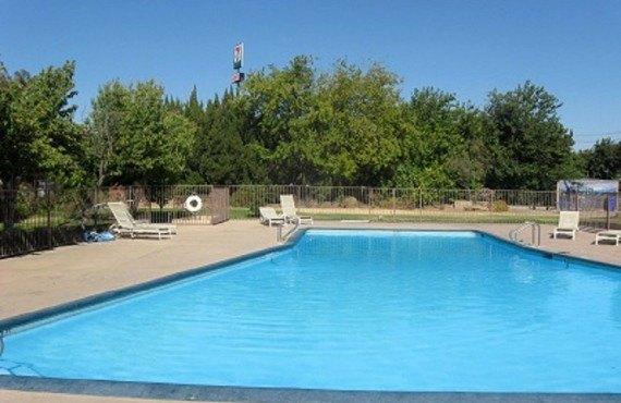 Ashlan Inn Fresno - Piscine