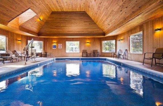 6-best-western-windjammer-piscine-interieure.jpg