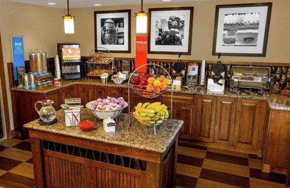 Hampton-Inn-Jackson-Hole-Petit-déjeuner