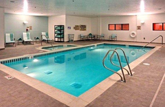 SpringHill Suites Vernal - Piscine et bain à remous