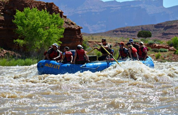 6a-safari-4x4-rafting-canyonlands.jpg
