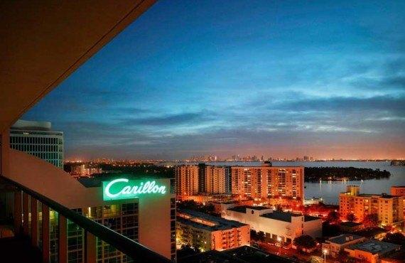 Carillon-Hotel-and-Spa-Miami-Balcon