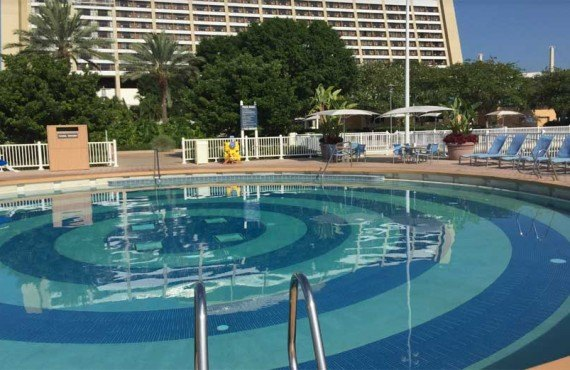 Disneys_Contemporary_Resort-Piscine-1