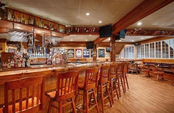 Pub Upper Deck