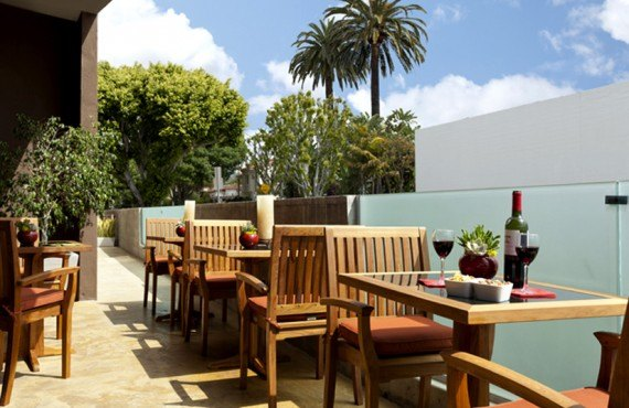 Elan Hotel - Terrasse