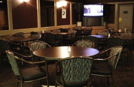 Heritage Inn Hotel - Parrot Lounge Cactus