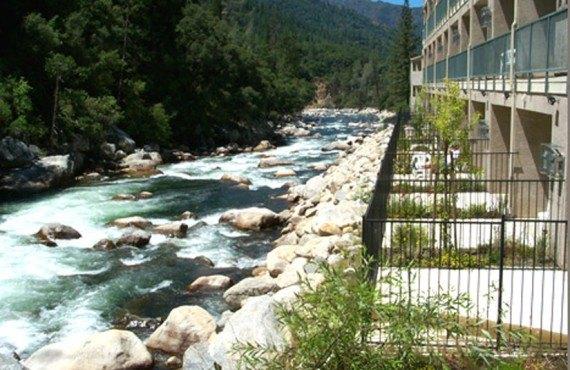 Yosemite View Lodge - Vue de la Terrasse