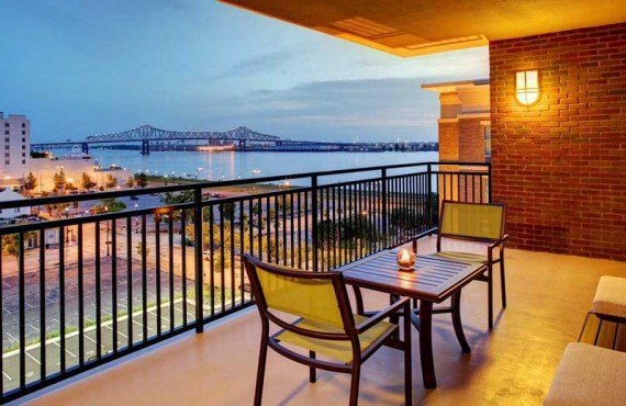 Hampton-Inn-Baton-Rouge-Balcon