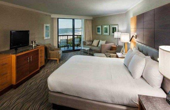 Marco_Beach_Ocean_Resort-Chambre