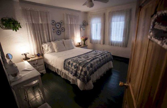 T-Freres-House-Louisianne-Chambre-1