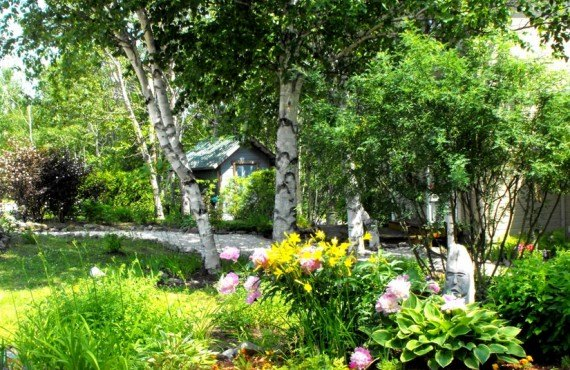 Auberge Cap-aux-Corbeaux - Jardin