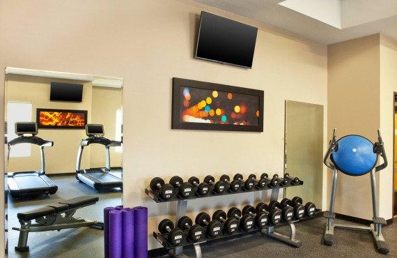 8-lasff-fitness-center-8111-hor-clsc.jpg