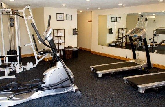Mainstay Hotel - Gym