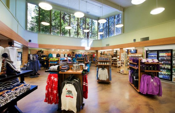 Yosemite Valley Lodge-Boutique