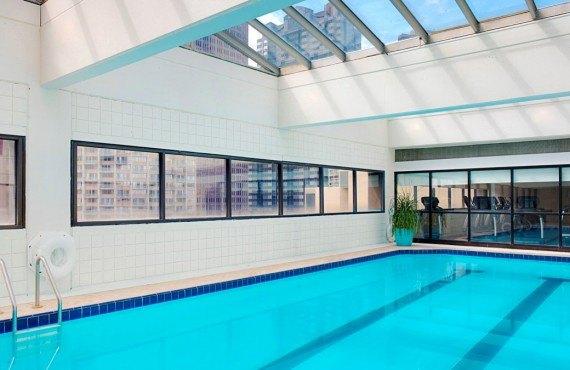 201 Philadelphie Hotel - Piscine intérieure