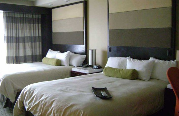 Disneys_Contemporary_Resort-Chambre-1