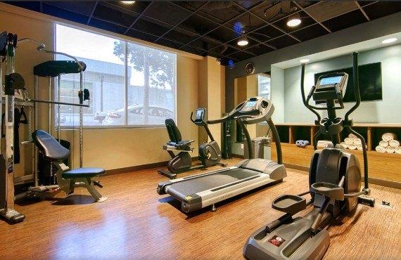 Best Western Plus Bayside Inn - Salle de Gym