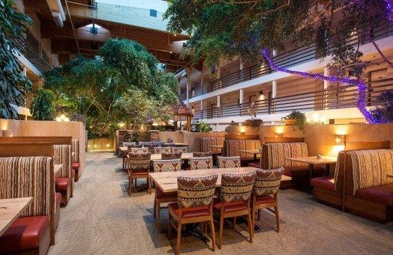 9-canyon-plaza-resort-atrium