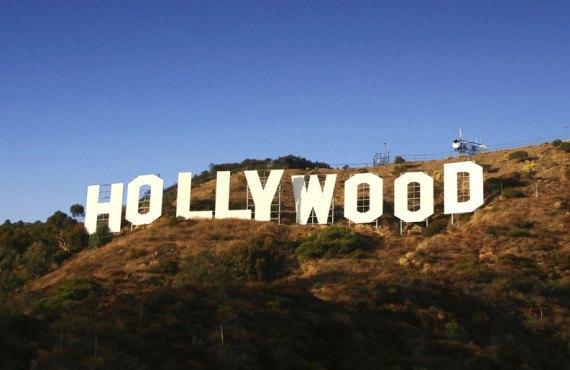 À proximité, Hollywood