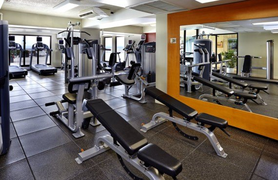 9-hilton-quebec-gym