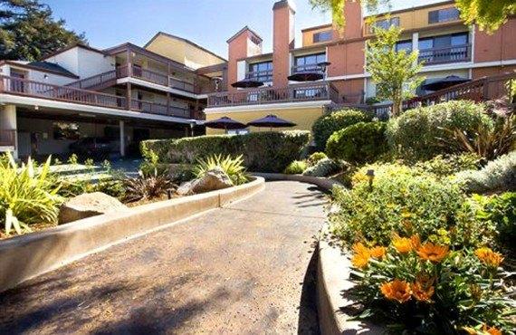 Mariposa Inn & Suites - Monterey, Californie
